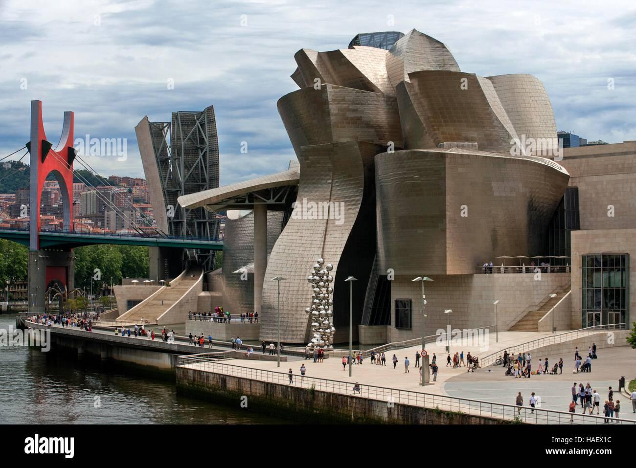 Guggenheim Museum, Bilbao, Euskadi, Basque Country, Spain. One of the stops of the Transcantabrico Gran Lujo luxury - Stock Image