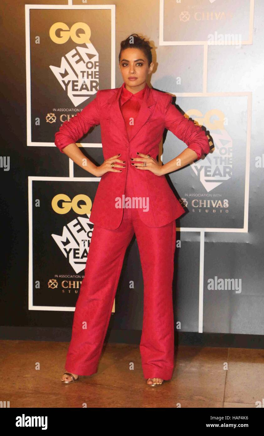 Bollywood actor Surveen Chawla during the GQ India Men of the year Award 2016 ceremony in Mumbai, India - Stock Image