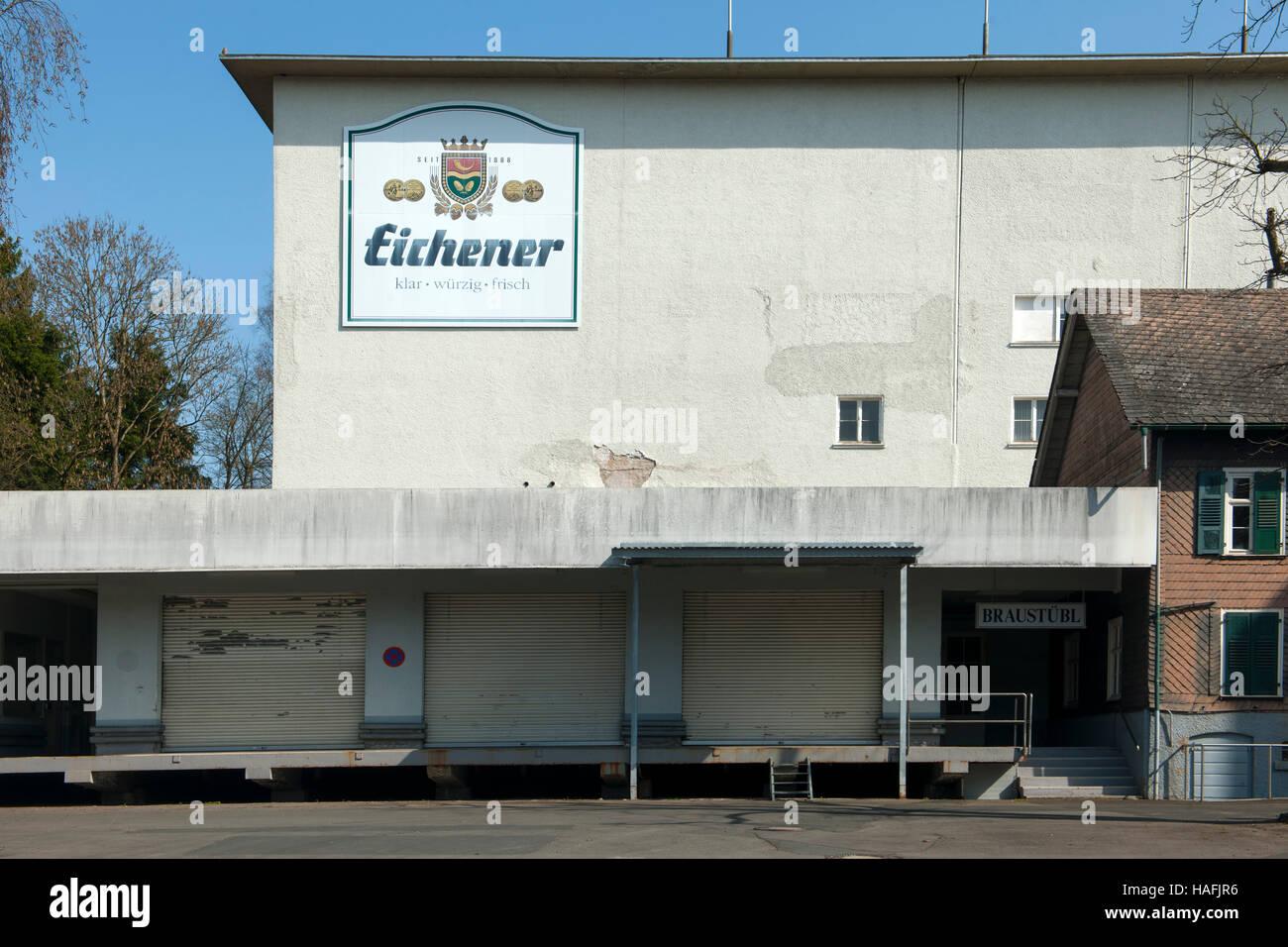Deutschland, Nordrhein-Westfalen, Kreis Siegen-Wittgenstein, Kreuztal, Eichen, Brauerei Eichener Stock Photo