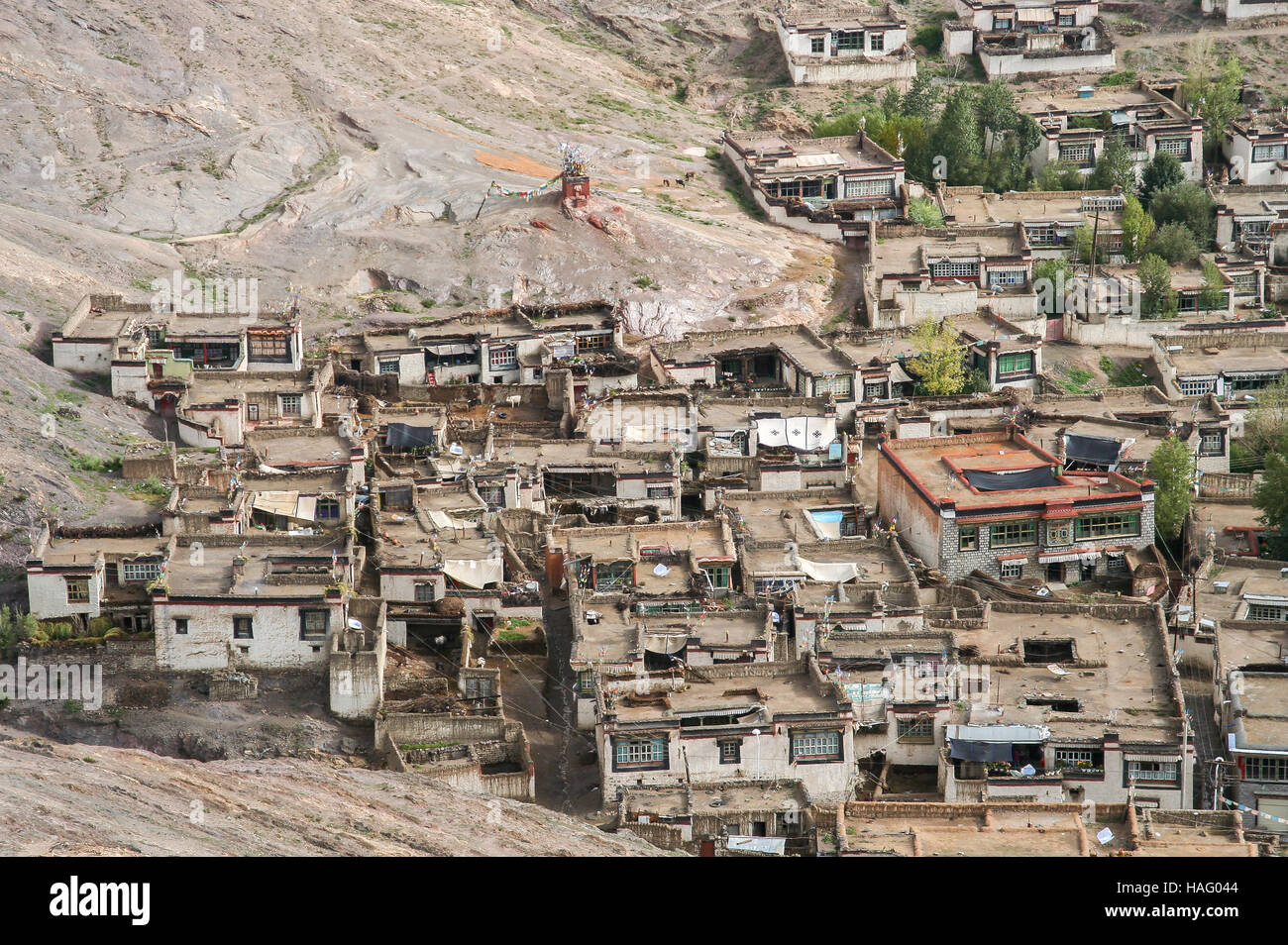 Traditional tibetan homes in the Gyantse town in the Tibet Autonomous Region of China - Stock Image