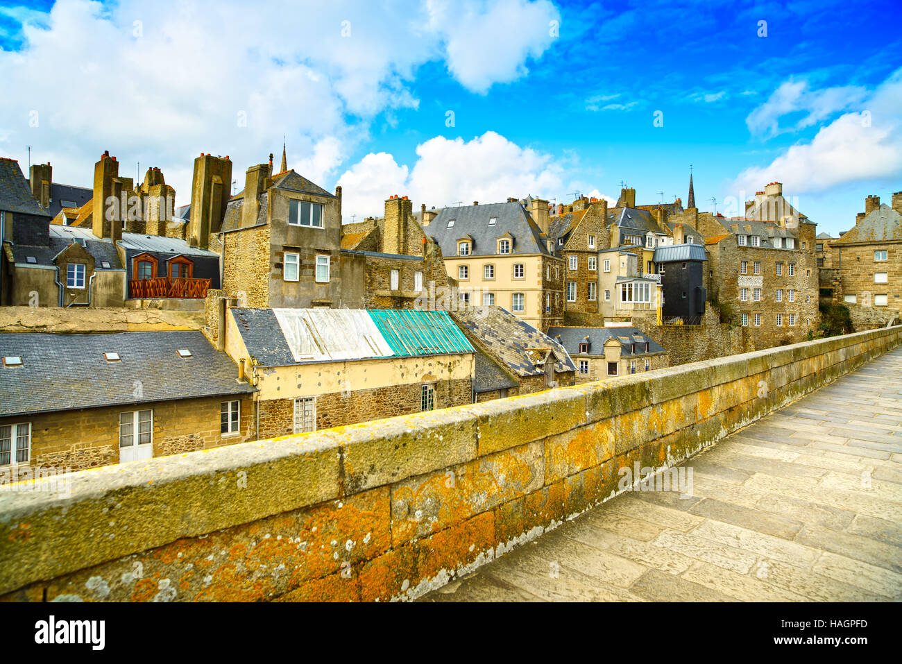 Saint Malo city walls and houses. Brittany, France, Europe. - Stock Image