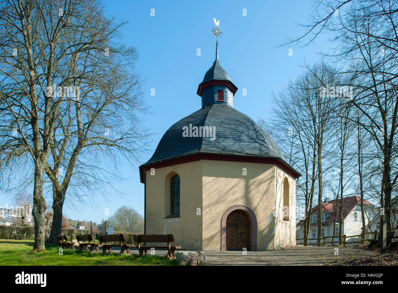Deutschland, Nordrhein-Westfalen, Olpe, Westfälische Strasse, Rochuskapelle - Stock Image