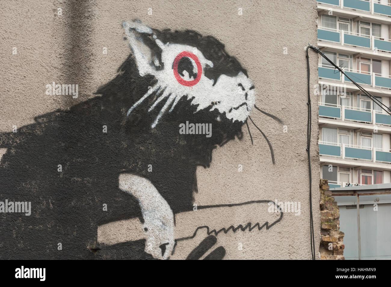 Giant Rat stencil, by the Street Artist 'Banksy', Old Street, London EC1, Britain. - Stock Image