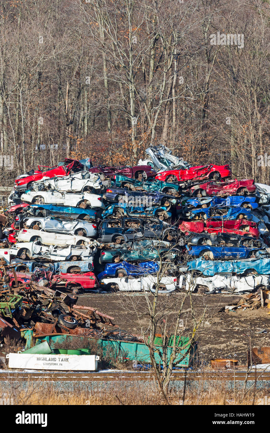 Stoystown Auto Wreckers >> Stoystown Pennsylvania Junked Cars At An Auto Salvage Yard Stock