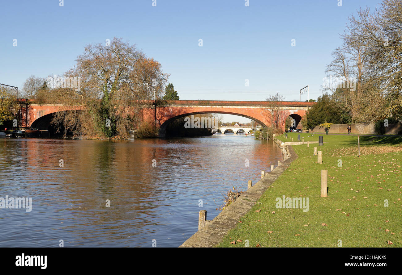 Brunel's Sounding Arch railway bridge over the river Thames at Maidenhead - Stock Image