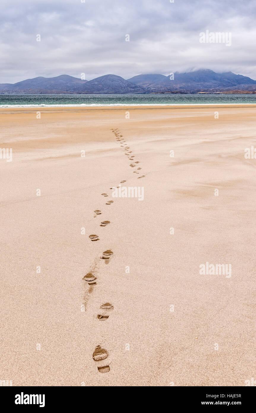 Footprints on Luskentyre (Losgaintir) beach, Hebrides, Scotland - Stock Image