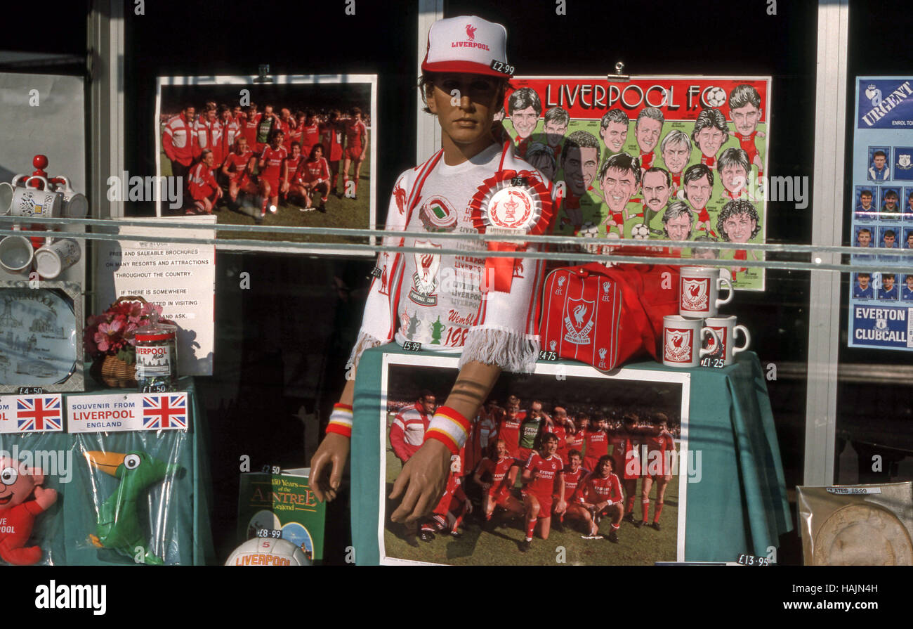 free shipping ec352 9a78c shop window mannequin wearing Liverpool Football team hat ...