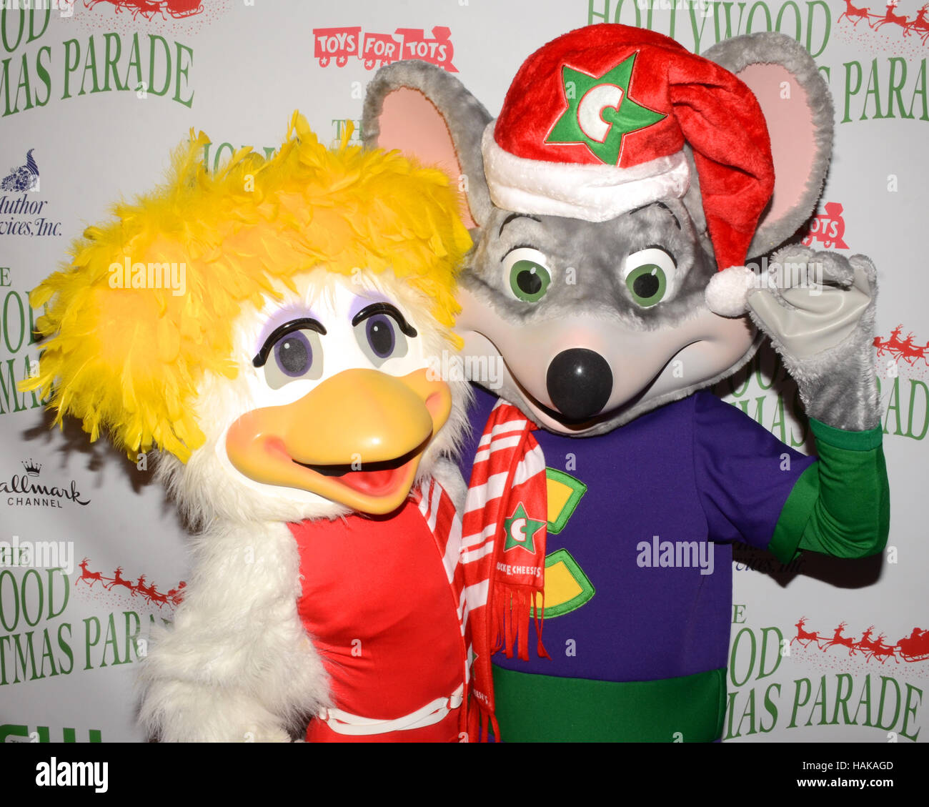 Chuck E Cheese Christmas.Chuck E Cheese And Helen Henny Arrives At The 85th Annual