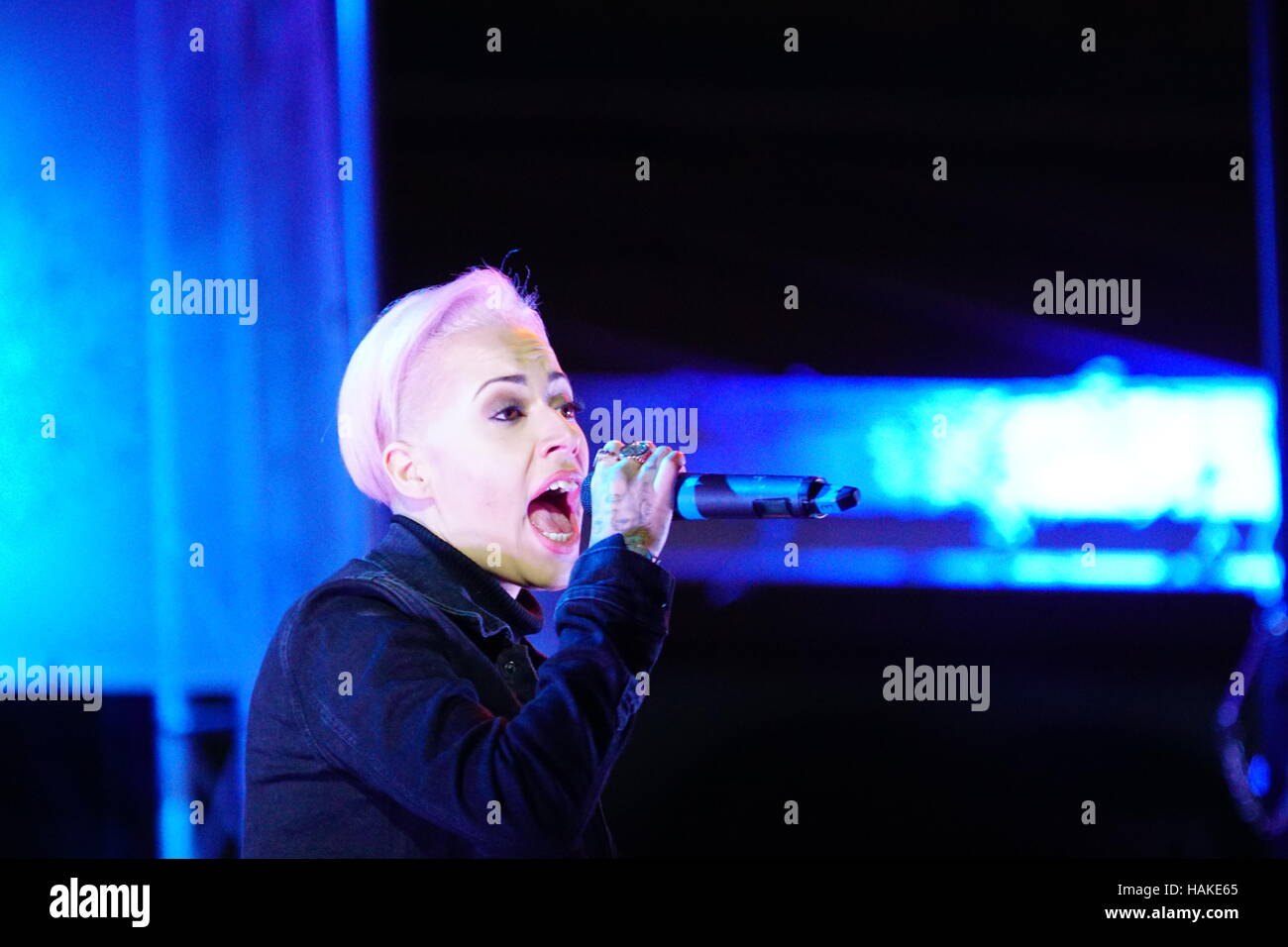 Stooshe Performing at Merseyway Christmas lights switch on 2016, Stockport, Greater Manchester, UK - Stock Image