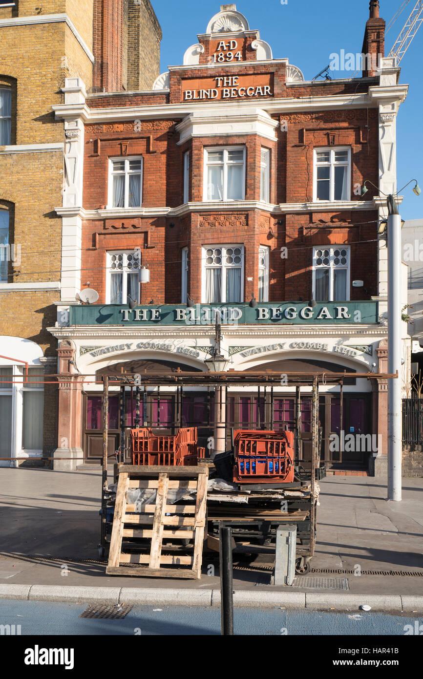 The Blind Beggar public house, Whitechapel Road, London - Stock Image