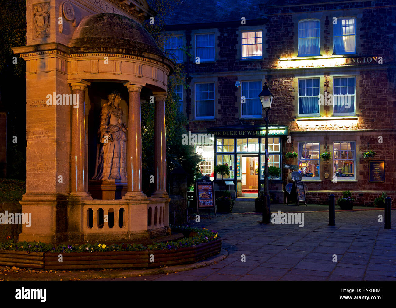 Wetherspoons pub in Minehead at night, Somerset, England UK - Stock Image
