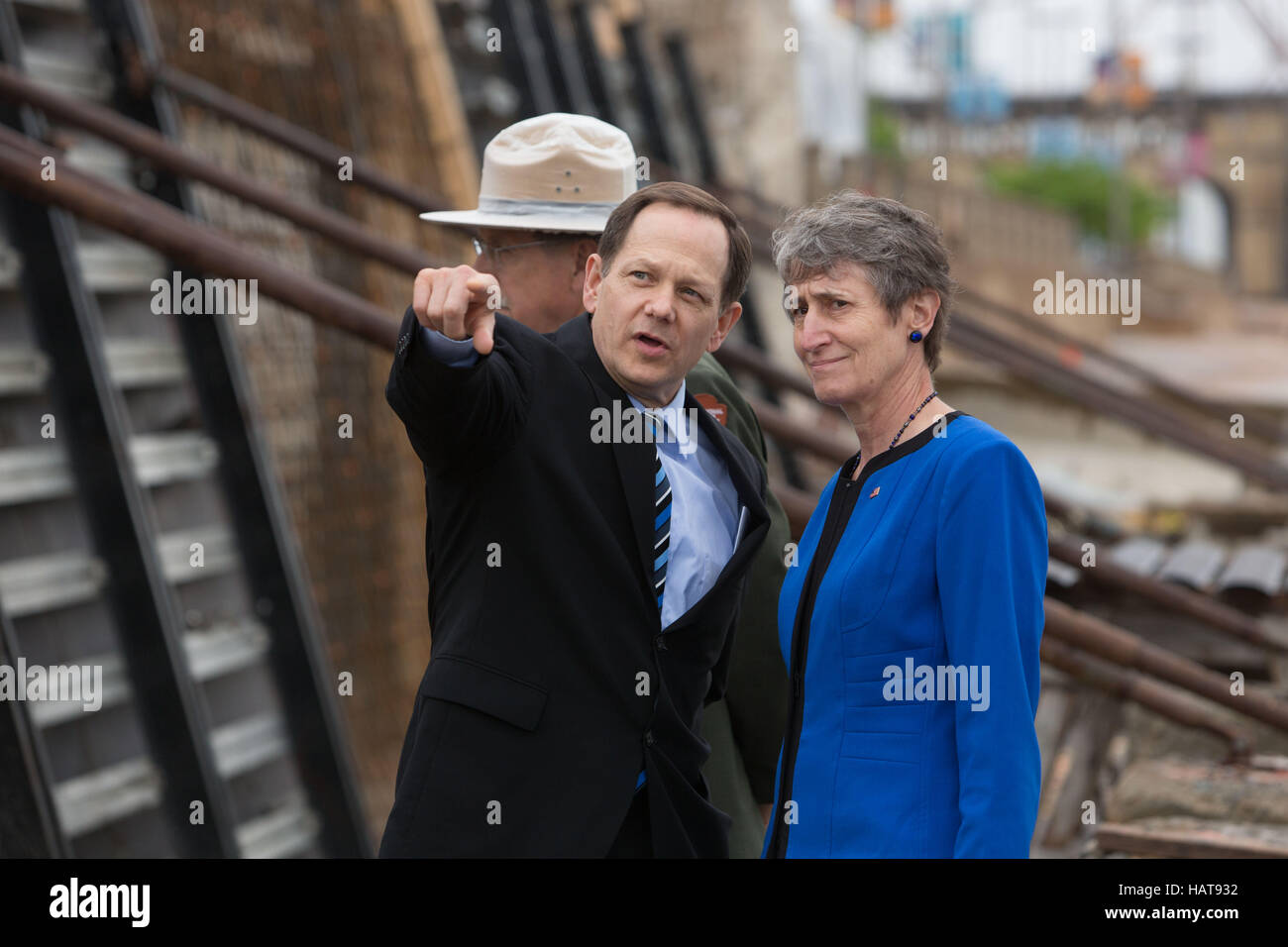 St. Louis Mayor Francis Slay and U.S. Secretary of the Interior Sally Jewell tour a construction project at the - Stock Image
