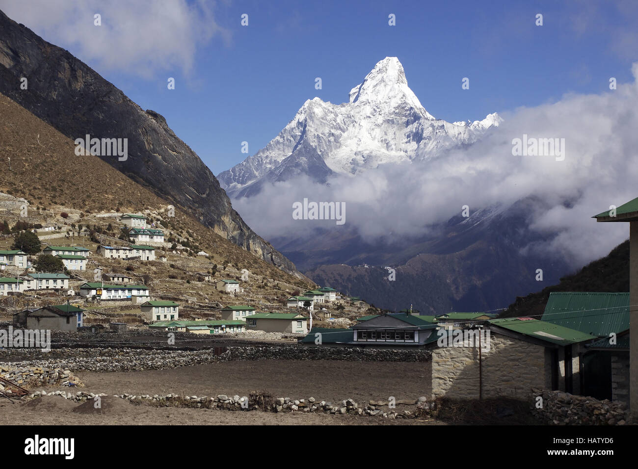 the sherpavillage khumjung in nepal - Stock Image