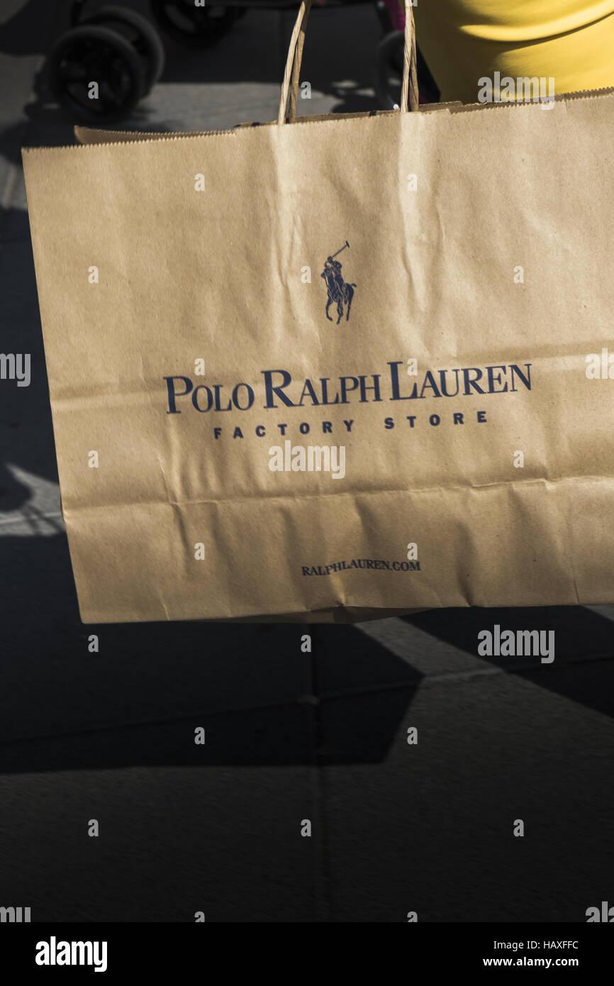 ralph lauren, factory store paper bag Stock Photo: 127202080