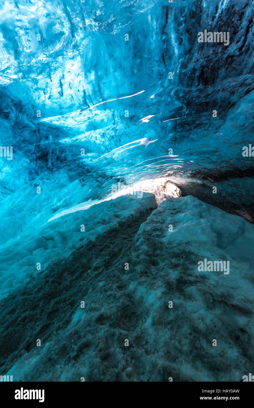 Ice Cave Iceland at Vatnajokull Glacier Jokulsarlon Nationa Park - Stock Image