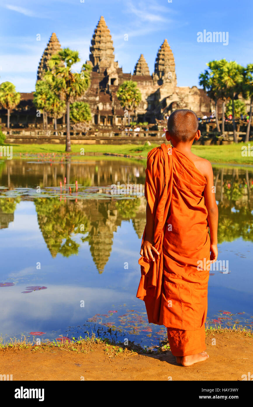 Young Buddhist monk at Angkor Wat Temple in Siem Reap, Cambodia Stock Photo