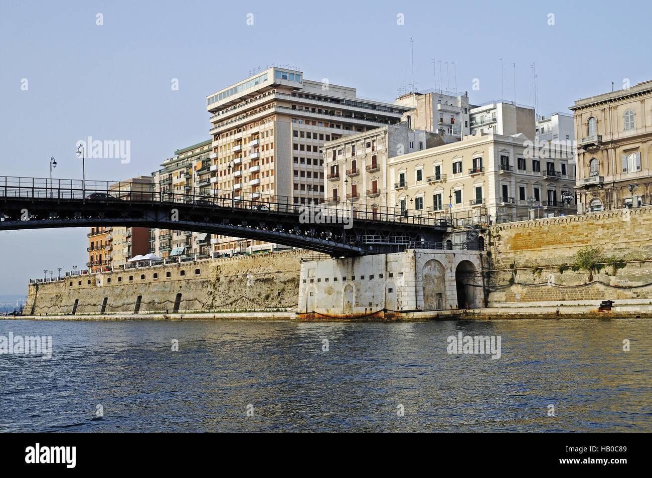Ponte Girevole, swingbridge, Taranto, Italy - Stock Image