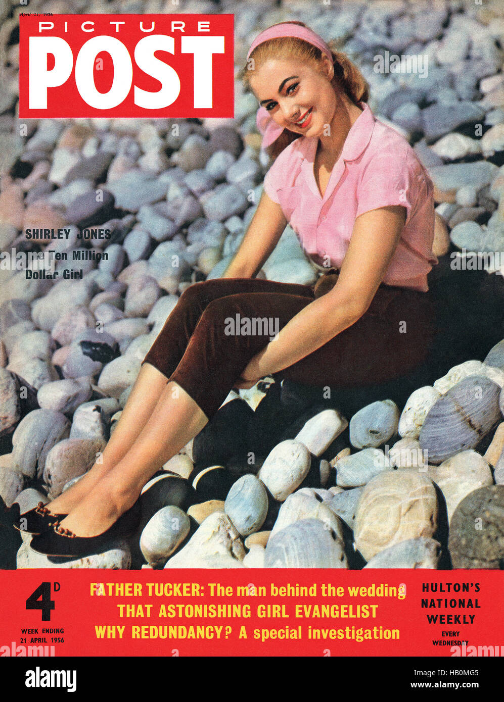 Front cover of Picture Post magazine for 21st April 1956 featuring actress Shirley Jones - Stock Image