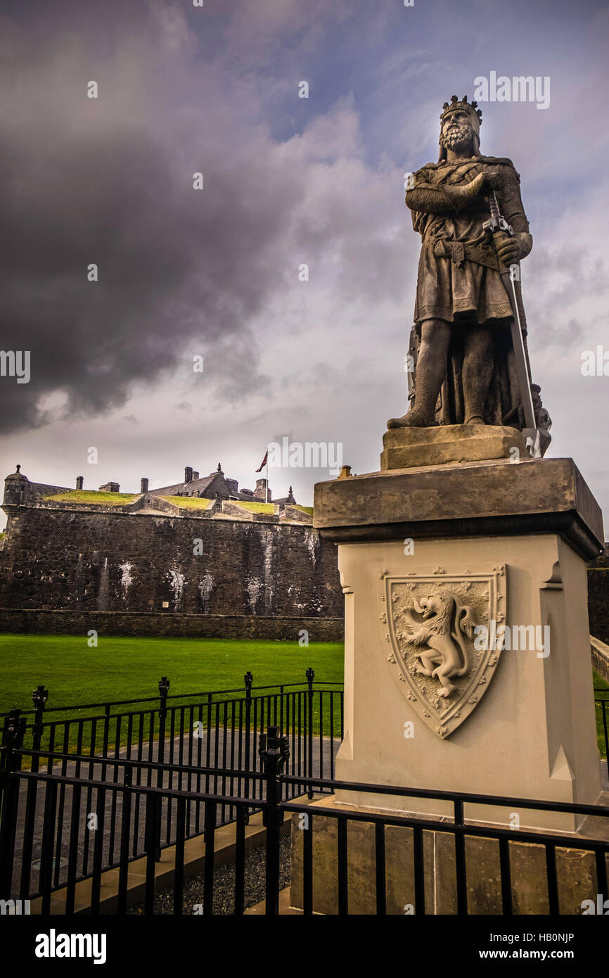 Statue of King Robert the Bruce outside Stirling Castle, Stirling, Scotland Stock Photo