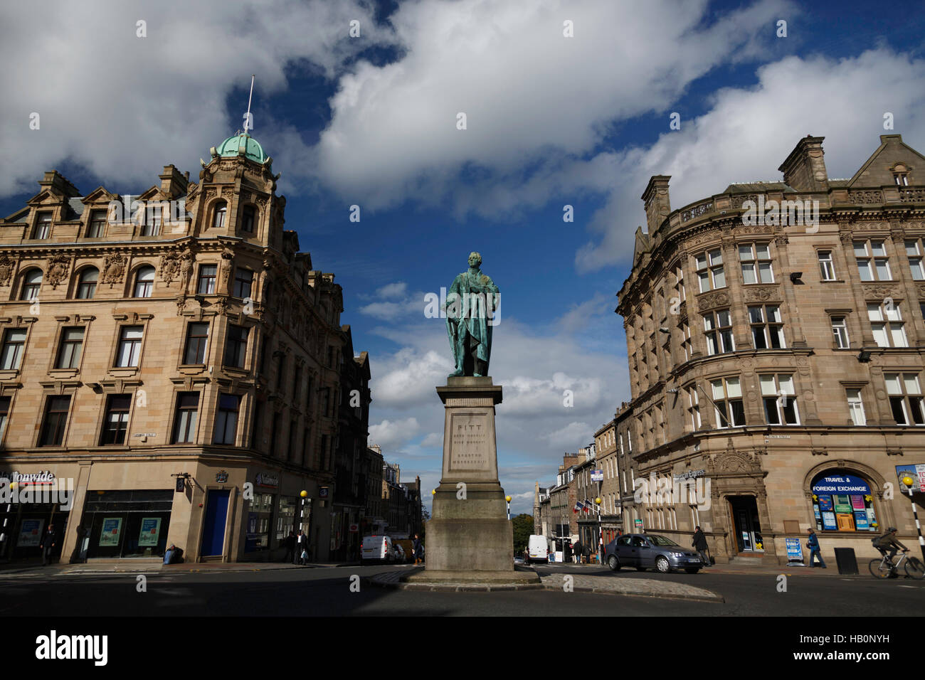 Statue of William Pitt (the younger), at the intersection of Frederick and George Streets in Edinburgh, Scotland - Stock Image