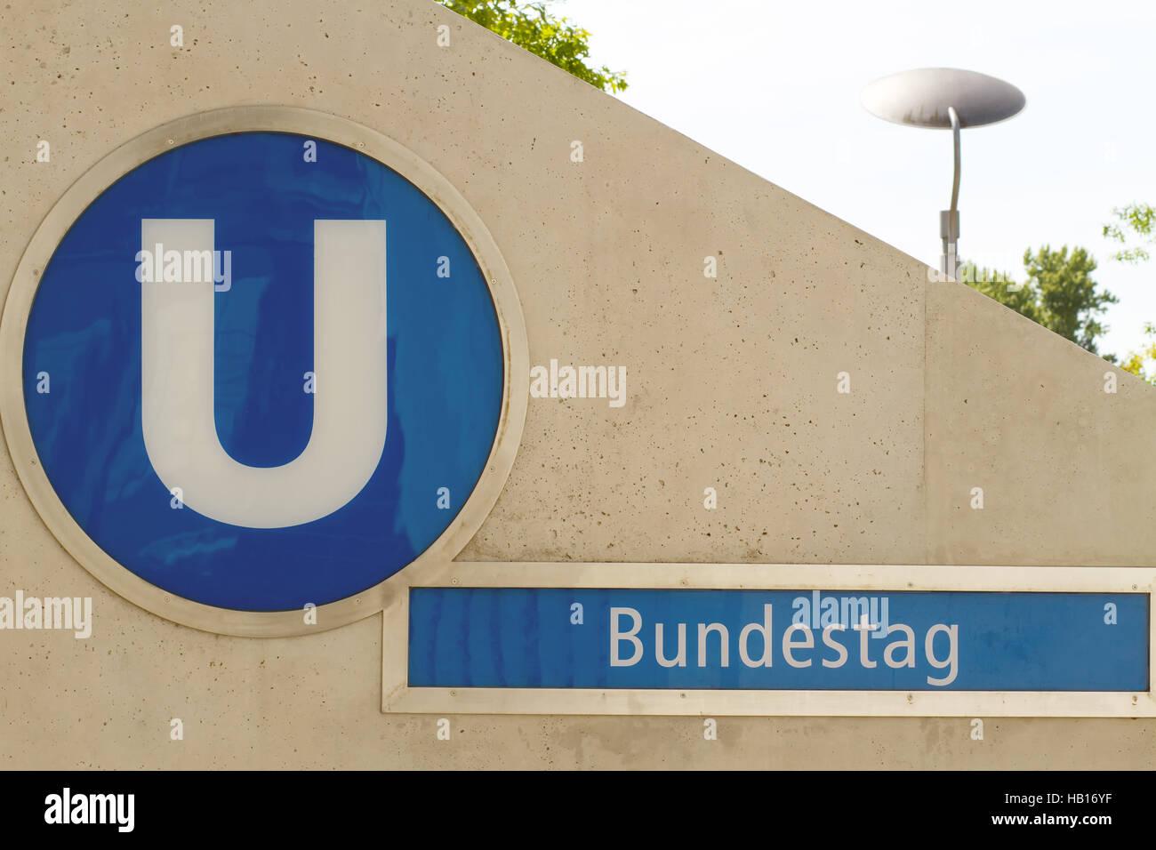 Metro Bundestag. Berlin - Stock Image