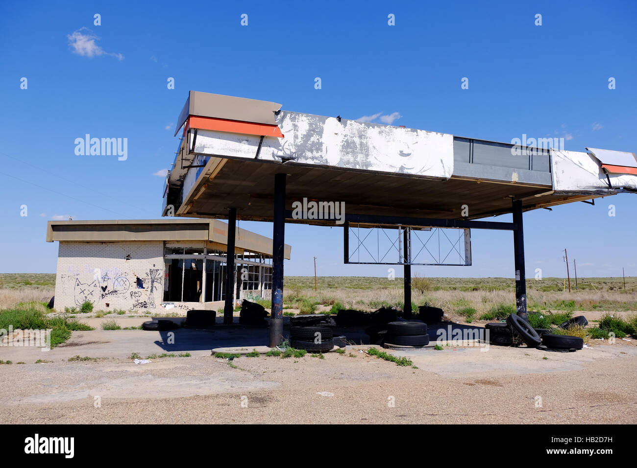 An Abandoned Gas Station On Route 66 In Western Texas Stock Photo Alamy