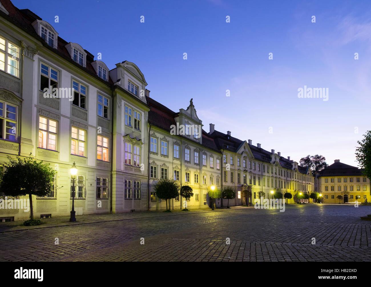 Ehemaliger Domherrenhof Pfürdt und Kavalierhöfe, former canonry, Residenzplatz, Eichstätt, Altmühltal, Upper Bavaria Stock Photo