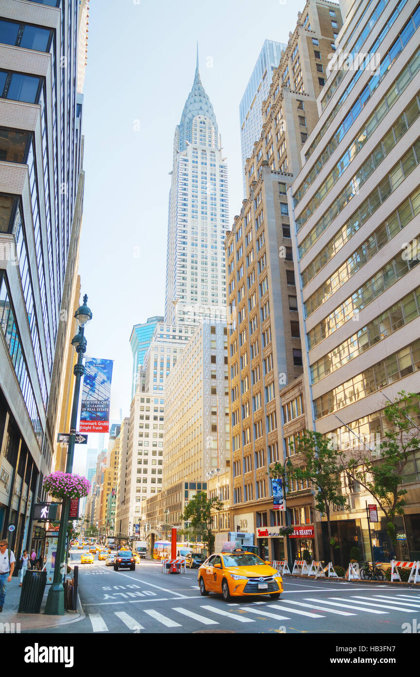 New York street with the Chrysler building - Stock Image