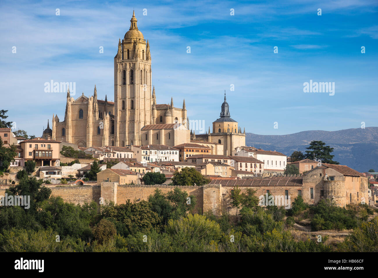 The city of Segovia and its late Gpthic Cathedral, Central Spain - Stock Image