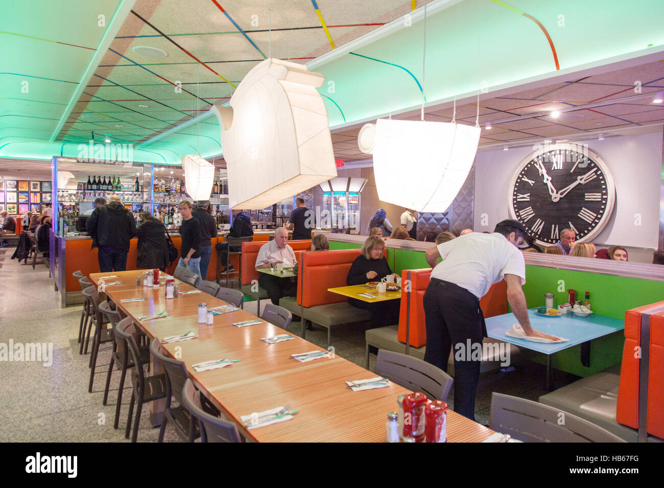 Tick Tock Diner on 34th Street and 8th Avenue, Midtown, Manhattan, New York City, United States of America. - Stock Image