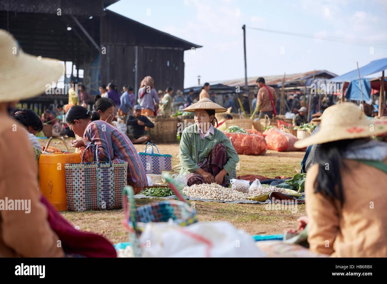Tha Ley Market, Inle Lake, Myanmar - Stock Image