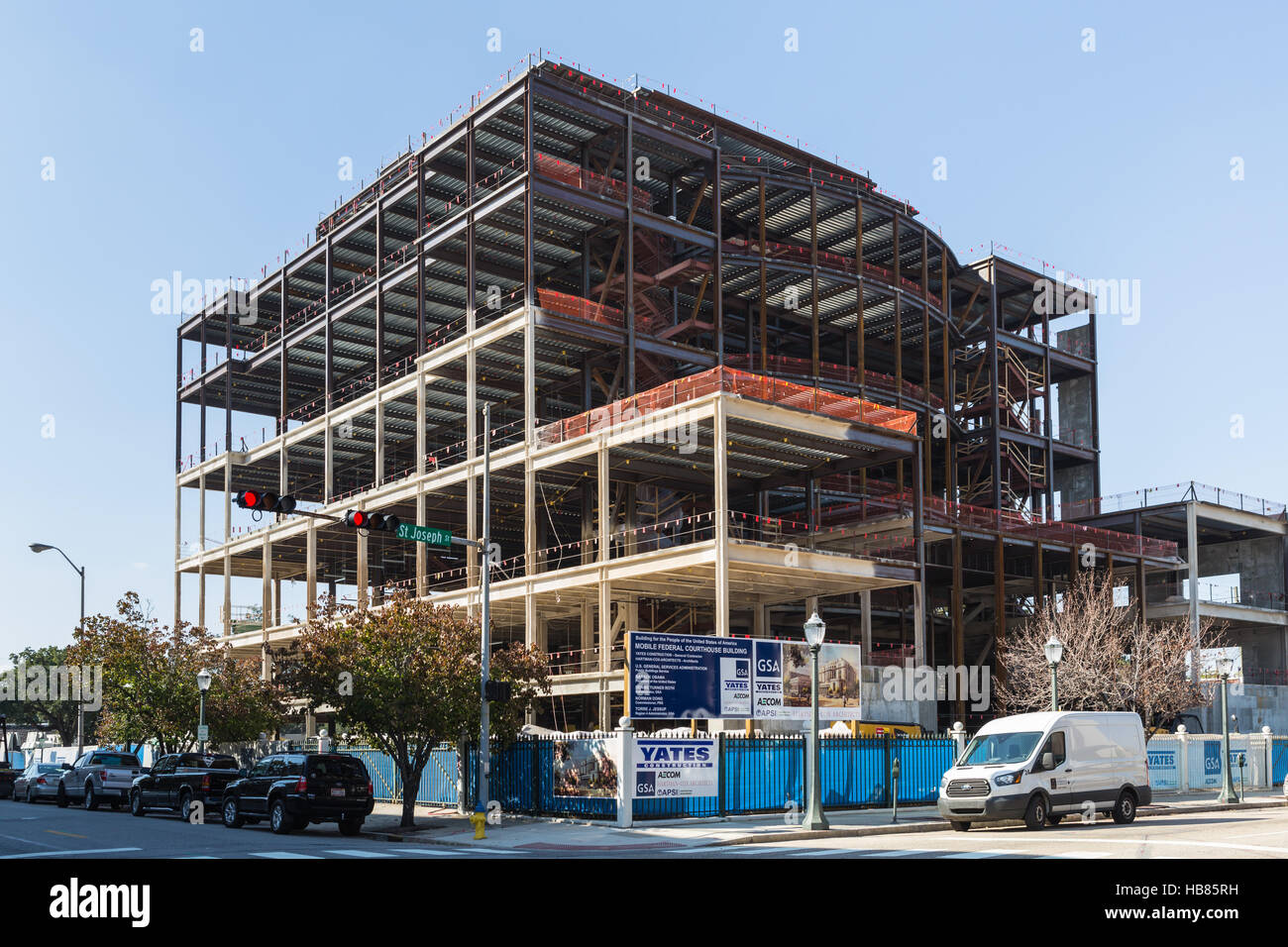 The new Mobile Federal Courthouse Building under construction in Mobile, Alabama. - Stock Image
