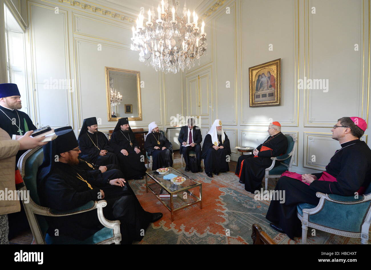 Paris, France. 5th Dec, 2016. Patriarch Kirill (3rd R) of Moscow and All Russia and Cardinal Andre Vingt-Trois (2nd - Stock Image