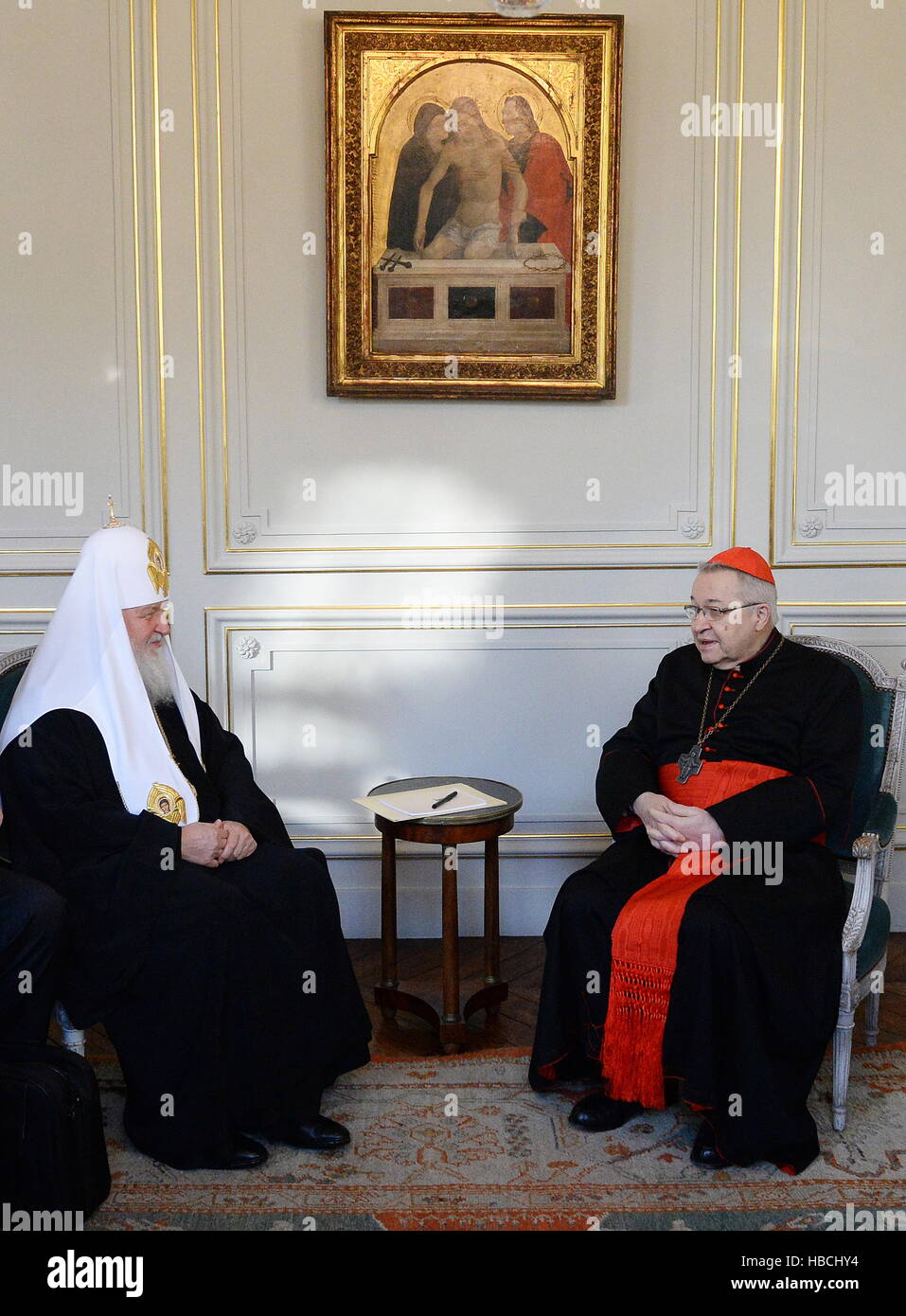 Paris, France. 5th Dec, 2016. Patriarch Kirill (L) of Moscow and All Russia and Cardinal Andre Vingt-Trois, Archbishop - Stock Image