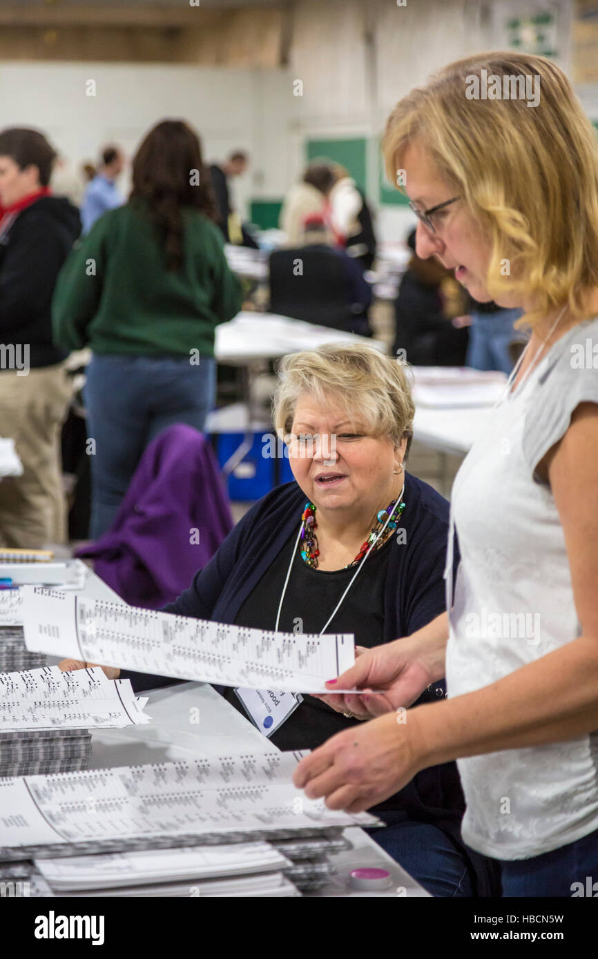 Michigan, USA. 6th December, 2016. Workers in Ingham County, Michigan recount ballots cast in the 2016 Presidential - Stock Image