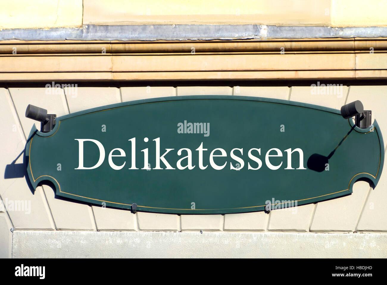 shield delikatessen - Stock Image