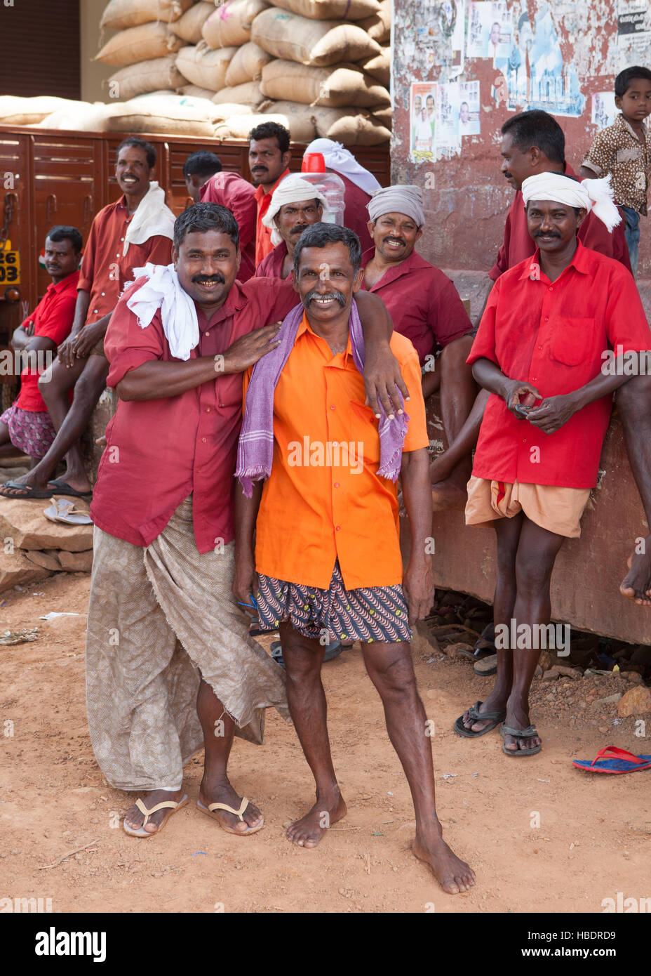 Group of manual labourers in Alappuzha (Alleppey), Kerala, India, - Stock Image