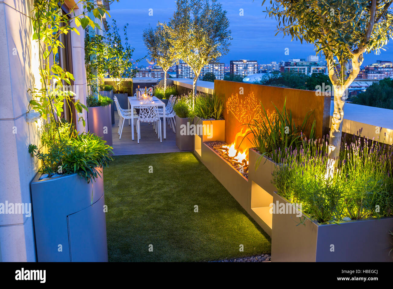 Roof Terrace Garden Design High Resolution Stock Photography And Images Alamy