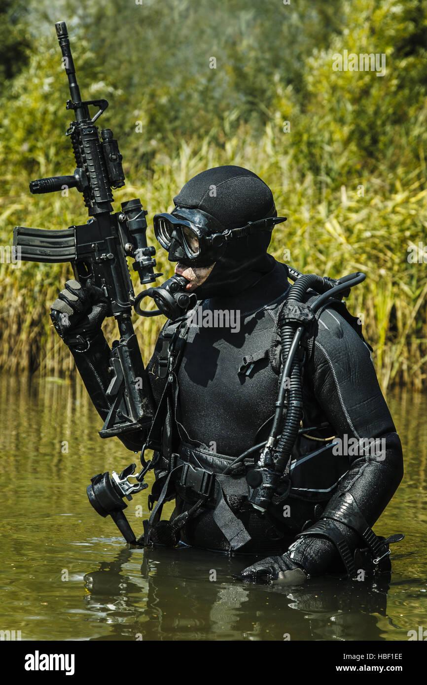 Navy SEAL frogman Stock Photo: 127564262 - Alamy
