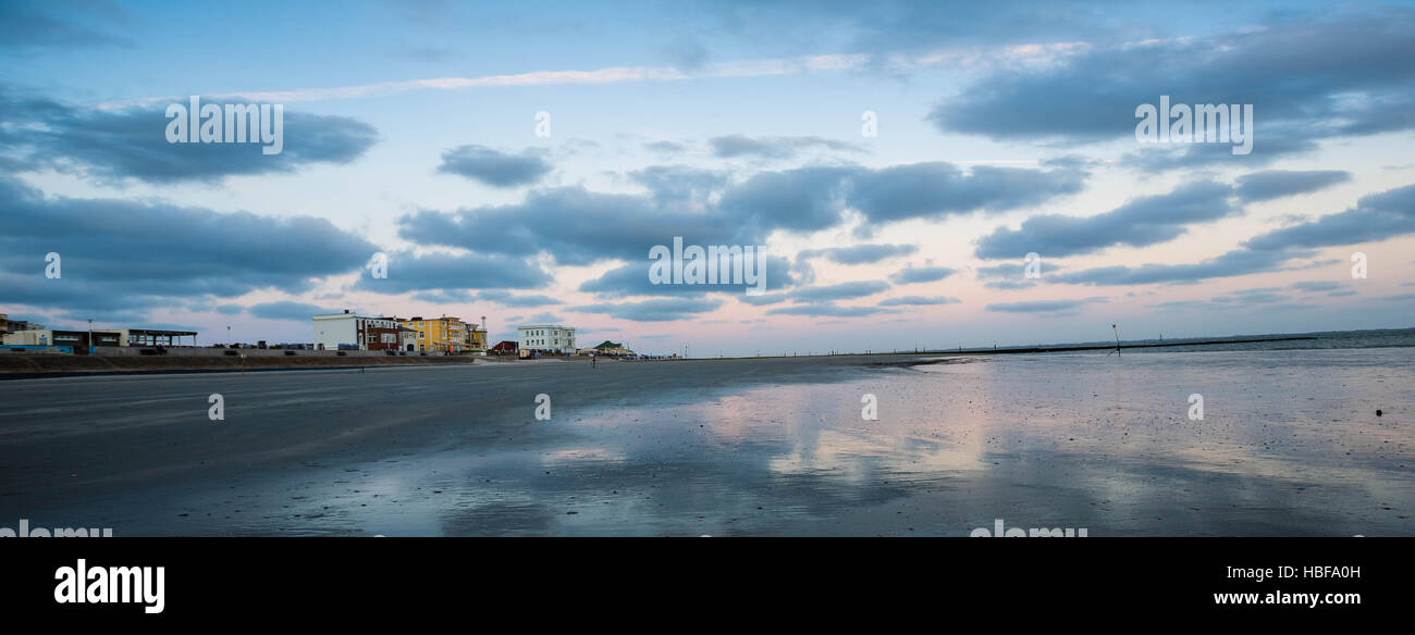 Evening mood on a beach on Norderney Island, Germany - Stock Image
