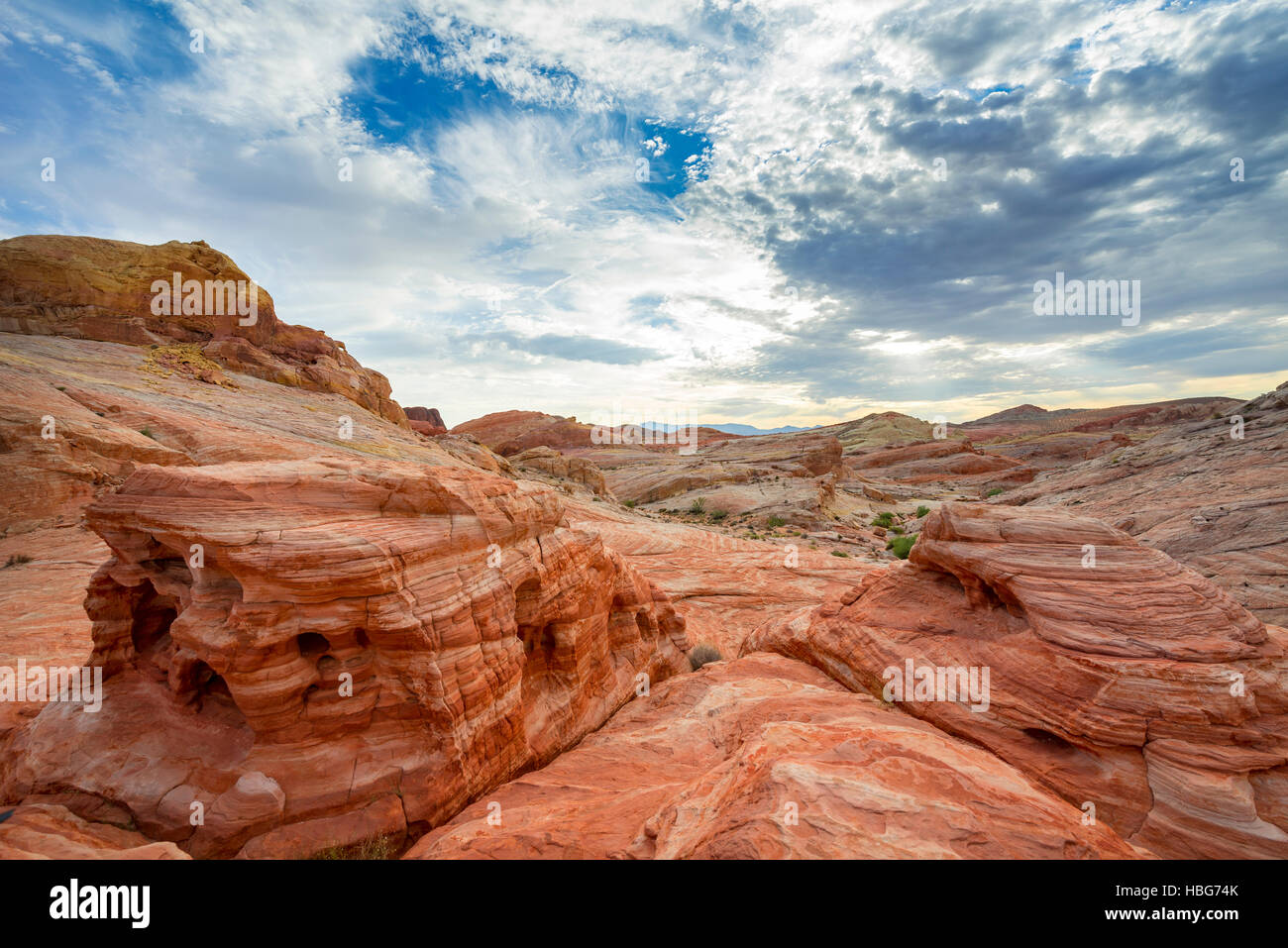 Orange-red rock formations, sandstone, White Domes Trail, Valley of Fire State Park, Mojave Desert, Nevada, USA - Stock Image
