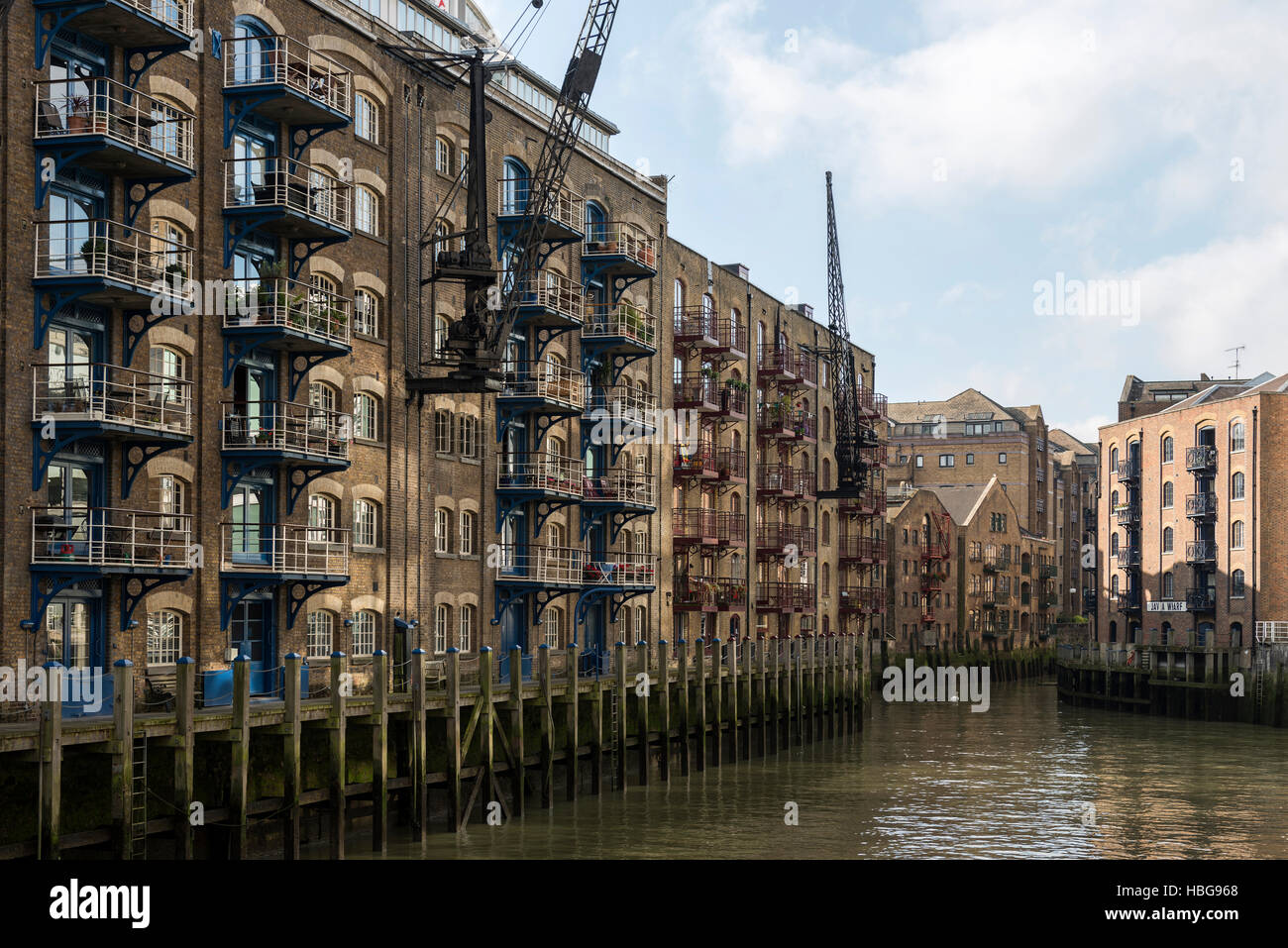 Houses at harbour basin, St. Saviour's Dock, Shad Thames, London, England, United Kingdom - Stock Image