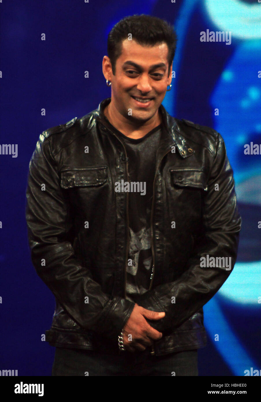 Bollywood actor Salman Khan on the sets of the television show Guinness World Records - Ab India Todega in Mumbai - Stock Image
