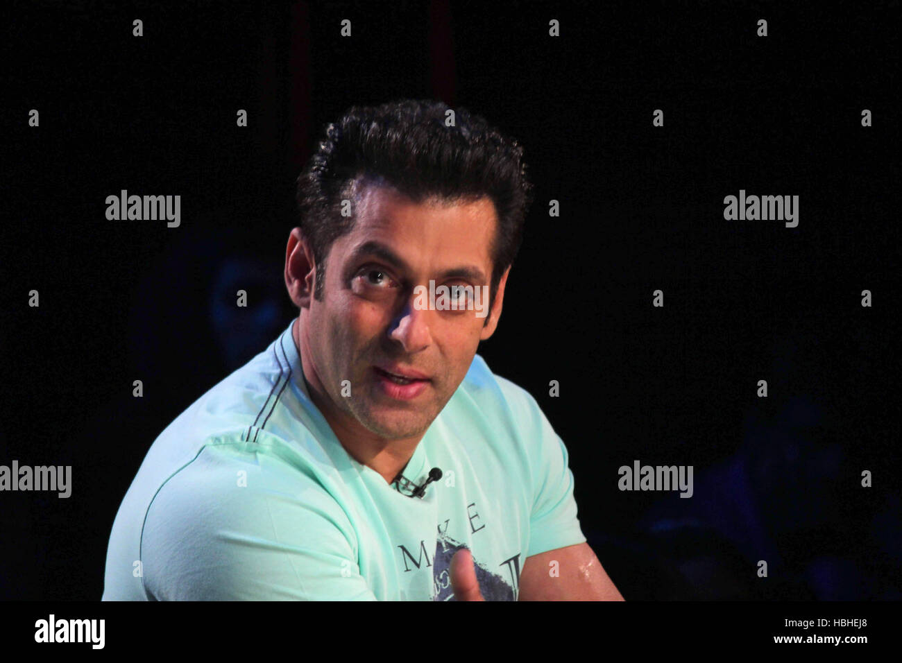 Bollywood actor Salman Khan on the sets of Comedy Nights with Kapil to promote his upcoming film Jai Ho in Mumbai - Stock Image