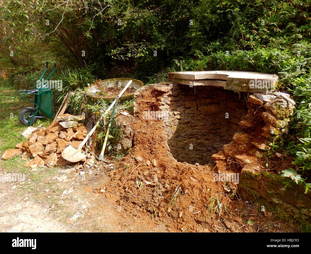 Old Well - Stock Image