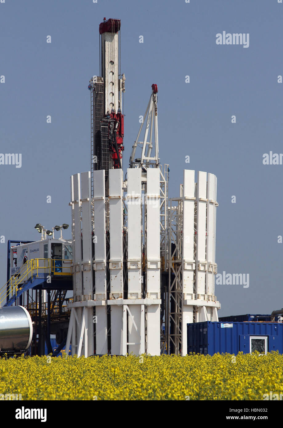 Cuadrilla Resources drilling equipment at Shale Gas Drill Site,   Blackpool, Lancashire, UK - Stock Image