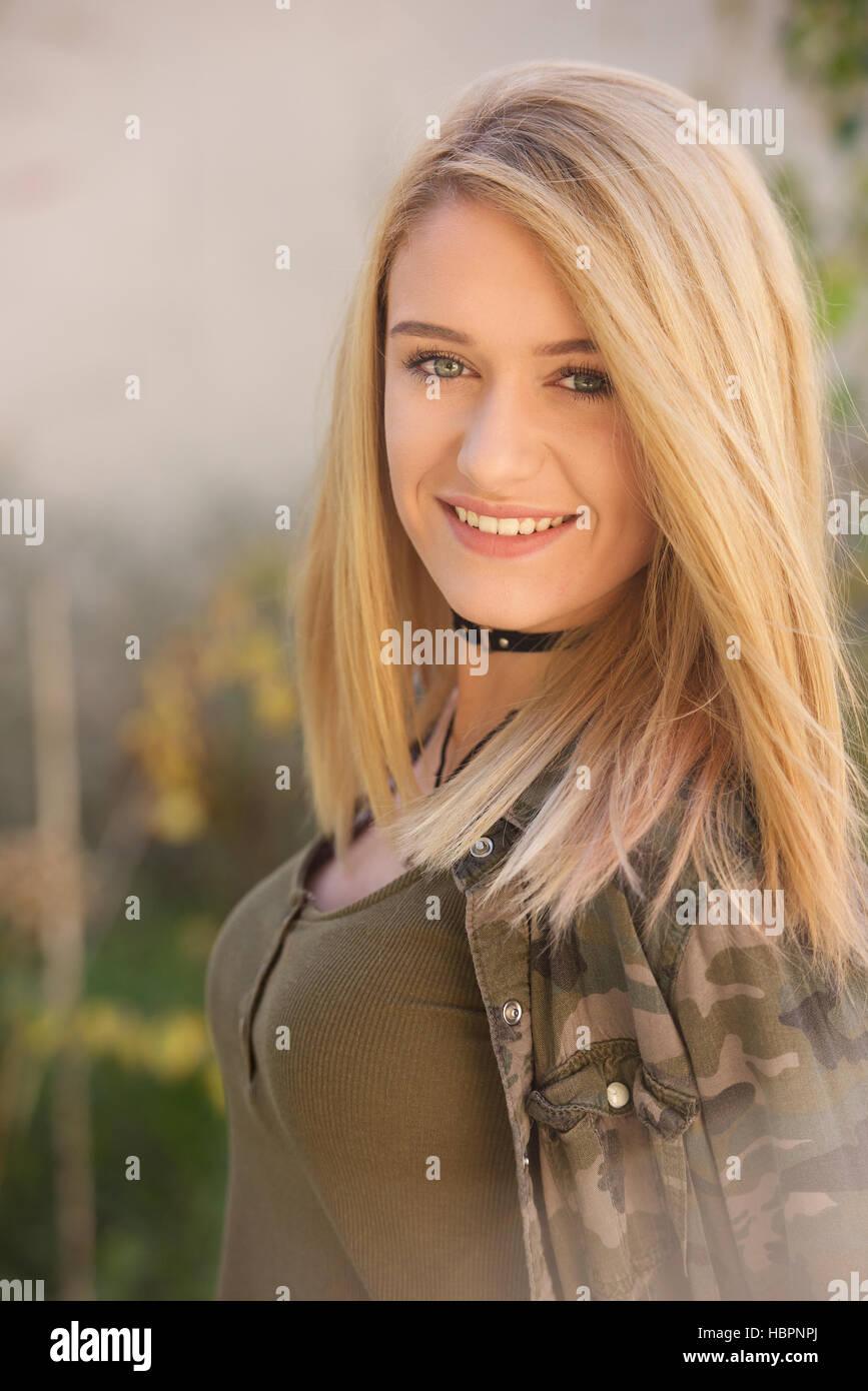 Blonde Teen Babes Com