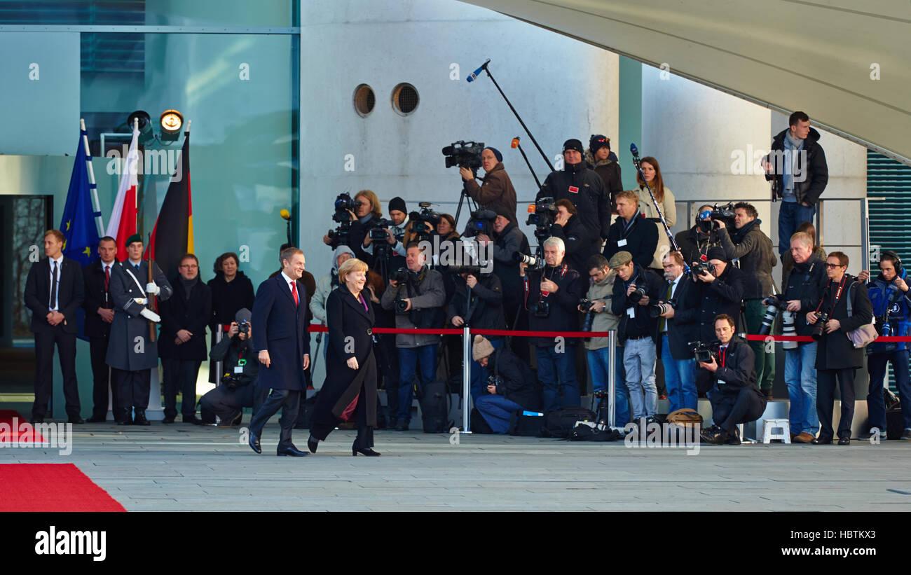 Angela Merkel receives Donald Tusk - Stock Image