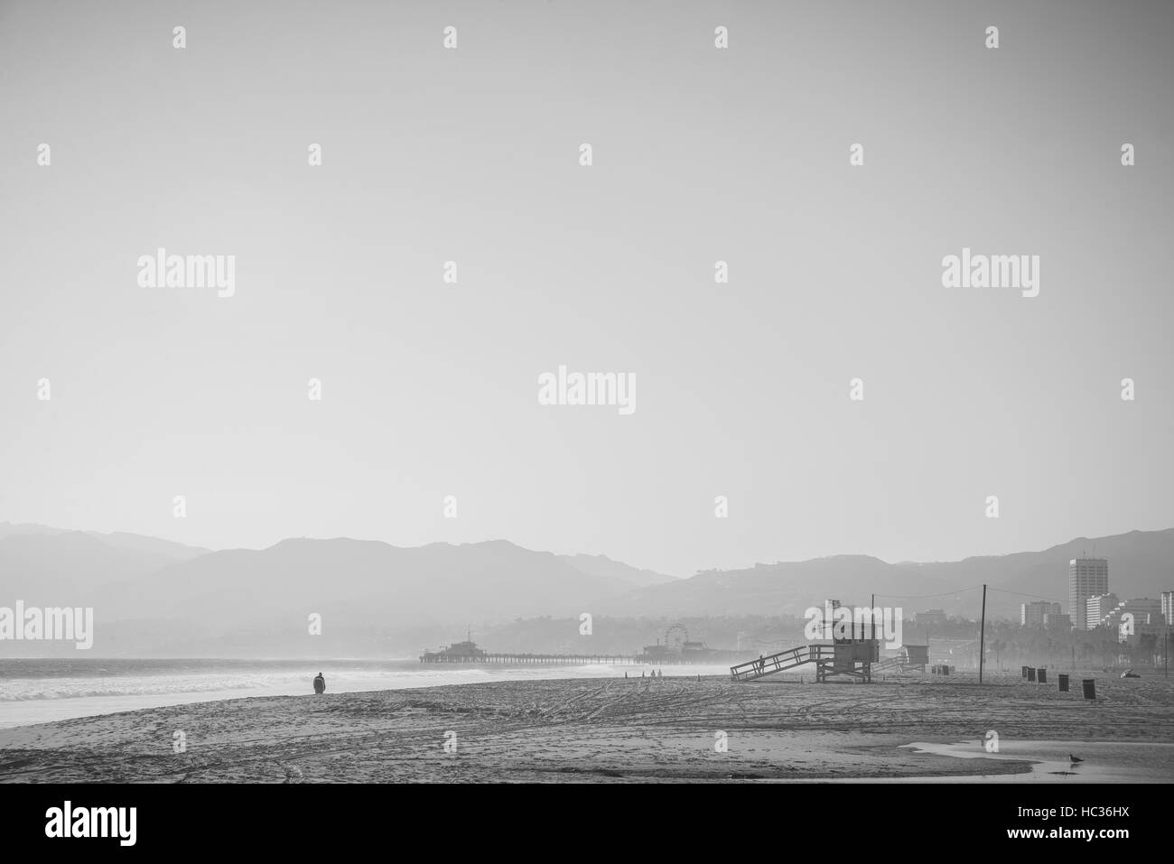 A moody feeling of Santa Monica beach early in the morning. - Stock Image