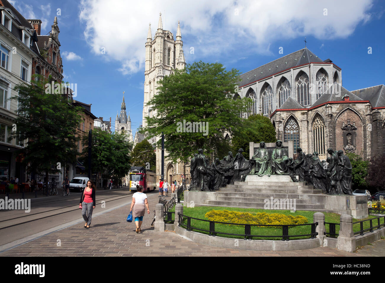 Hubert and Jan van Eyck Monument outside Saint Bavo Cathedral, city centre, Ghent,  West Flanders, Belgium, Europe - Stock Image